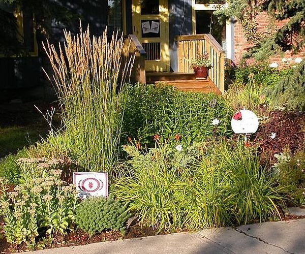 Front Yard Landscaping Ideas Wisconsin Blandscapingb Bb: Calgary Garden Coach: My Favourite Plants For A Sunny, Low
